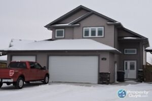5 Bdrm, 3 bath with a kitchen every cook would envy!
