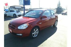 2009 Hyundai Accent GL Sport GREAT VALUE! Power roof!