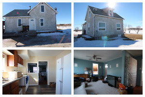 House to be Moved - in Selkirk 6791 #9 Hiway