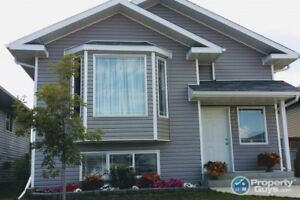 Spacious 4 bed/2 bath fully finished home