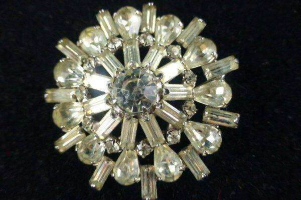 Vintage Clear Rhinestone & Baguettes Pin Brooch 50