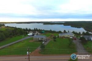 WATERFRONT: 5 bdrm, 2 bath on Seal Cove Harbour