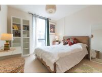 Divine one bed flat in Battersea. ALL BILLS INCLUDED.