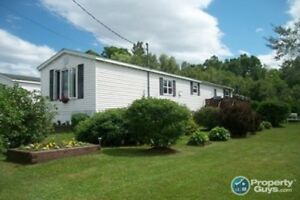 Stellarton - Solid built, efficient to heat, upgraded 3 bed mini