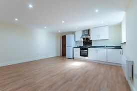 Spacious 1 bed flat in South Norwood. Water rates included.