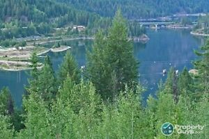 Fully serviced 2.45 acre lot in Nelson ID 30943
