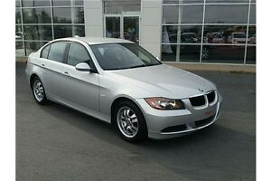 2007 BMW 323 i ULTRA LOW MILEAGE