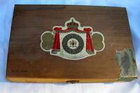Vintage Royal Jamaica Wooden Cigar Box.