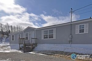 Great Location, Well Cared for & Appliances are Included!
