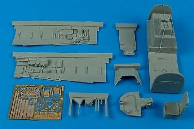 AIRES HOBBY 1/32 P51D COCKPIT SET FOR TSM 2091