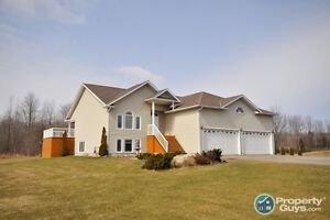 Home for sale: 1444 Maplewood Drive, Elizabethtown, Ontario.