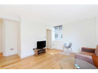 LUXURY 1 bed apartment with GREAT TRANSPORT