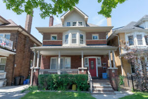 Great Opportunity For Both Investment & W/Income. This 3 Storey