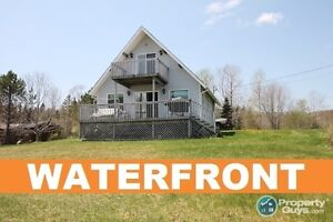 Lochaber Lake - 3 bed/1.5 bath WATERFRONT on almost 1 ac!