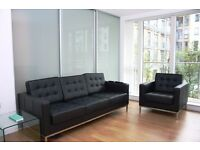 - 1 double bedroom apartment with private balcony next DLR station in E3 Bow/Popular/Langdon Park!