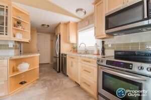 3 Bed/2 Bath fully renovated home for sale Yellowknife Northwest Territories image 7