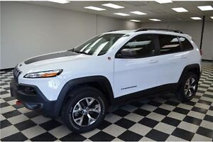 2016 Jeep Cherokee Trailhawk 4X4 - NAV**Backup Camera**LOW KMS