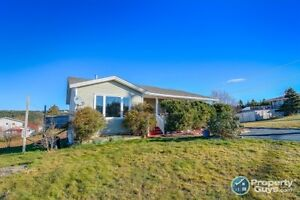 Oceanview 4 Bed home - Lots of Upgrades!!!
