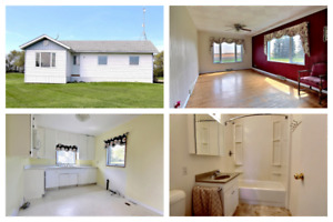 Reduced to Sell ! Family Home In Cromer MB