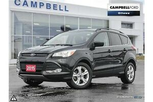 2015 Ford Escape SE ONLY 35,000 KMS WITH NAV