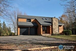 Greenhill - Contemporary 3 bed/2 bath updated home on 2 acres!