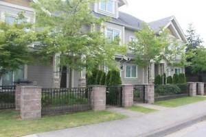 $3000/ 5br / Furnished Townhouse close to Mall (Richmond)