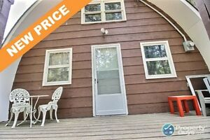 NEW PRICE! Fully furnished 4 season cabin at Turtle Lake