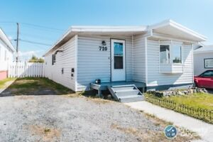For Sale 720 Bigelow Crescent, Yellowknife, NT