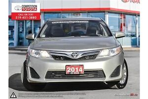 2014 Toyota Camry LE London Ontario image 2