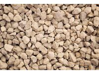 20 mm Cotswold garden and driveway chips / stones / gravel