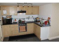 2 bed maisonette to rent in Harrow wealdstone HA3 area