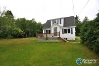 2 + 1 Bedroom House on 1.4 Acres