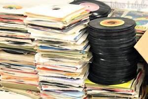 Bulk vinyl Records, used records, 78 bakelite records, coloured Tingalpa Brisbane South East Preview