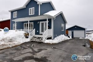 Two Storey, 2700 sf home with 3 bed/3 bath & close to schools