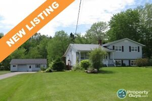 NEW LISTING! On 4.5 acres along North River, 3 bed/1.5 bath