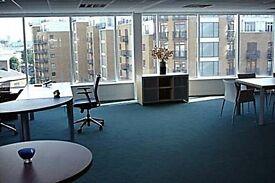 East Smithfield - E1W - ** Office Space London LTD ! **