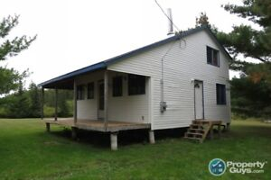 Year round cottage only 15 minutes from Ski Wentworth