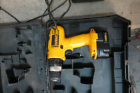 Perceuse/Drill Dewalt 14.4V - DW9094 - Négociable