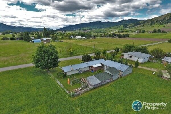 Mobile home and 3.92 acres of countryside Grand Forks 198721 ... on countryside boston homes, countryside landscaping, countryside cottages, countryside churches, countryside sheds,