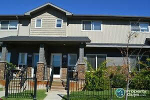 Terrific townhouse in Willowgrove 3 bdrms, 3 Baths!