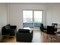 ** Modern 1 bed apartment, Balcony + Concierge, Canary Wharf, Docklands, E14 - AW
