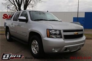 2010 Chevrolet Avalanche 1500 LT Tonneau Cover! Heated seats!