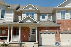3 Beds, 2.5 baths - Townhome in Oakville (Bronte and Dundas)