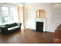 Spacious 2 double bedroom / 2 bathroom maisonette, large kitchen, living room, 3 min Southfields Stn