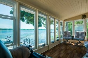 1000 Islands Waterfront Home** Prime Location on Howe Island