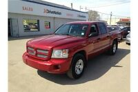 2008 Dodge Dakota SXT Low Kilometers & Crew Cab!