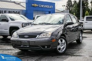 2005 Ford Focus ZX5 CD/MP3 player & heated seats