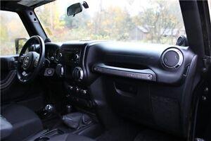 2014 Jeep Wrangler Sport 1 Owner - 2 Door, Soft Top & Manual Comox / Courtenay / Cumberland Comox Valley Area image 19