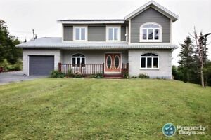 Large two storey, 4 bed, 2.5 bath home on .85 acre