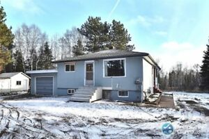 For Sale 1545 Lakeshore Drive, Thunder Bay, ON